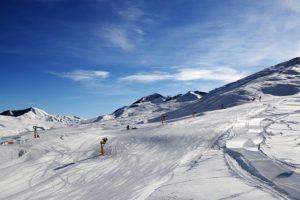 Os 5 melhores destinos alternativos para esquiar