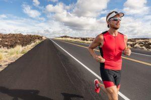A importância dos óculos escuros na corrida por Dra. Keila Monteiro