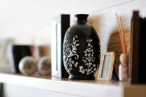 Como dispor objetos e adornos por Flavia Sayeg