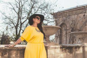Dicas para montar looks plus size com vestidos por Priscilla Milena
