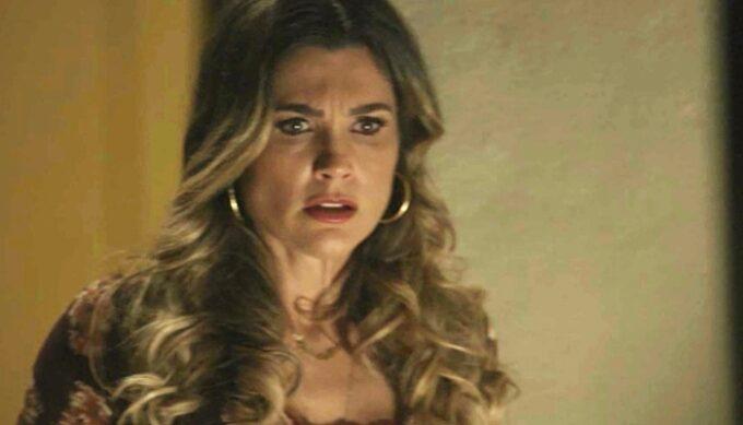 Flávia Alessandra quebra protocolo, diz que sair de O Sétimo Guardião e conta o final da novela das nove da Globo