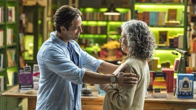 Espelho da Vida: Margot vai aos prantos em encontro com Daniel; veja