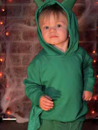 DIY No-Sew Dragon Halloween Costume