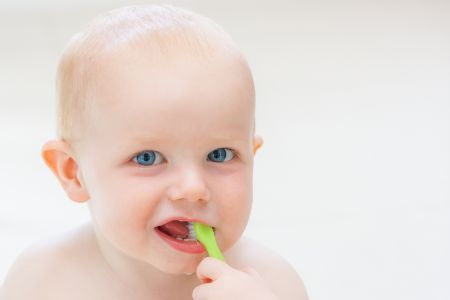 10 Teething Do's and Don'ts Every New Mom Should Know About!!- Baby Brushing Teeth