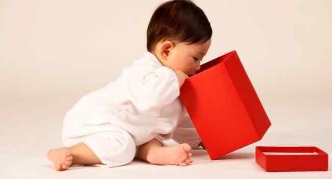 9 Month Old Baby Development & Milestones