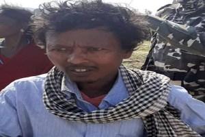 हत्या और सुरक्षाबलों पर हमले का आरोपी, कुख्यात नक्सली सिद्धू कोड़ा का करीबी चढ़ा पुलिस के हत्थे
