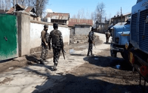जम्मू कश्मीर में आतंकियों के साथ मुठभेड़ में एक जवान शहीद, 9 आतंकी ढेर