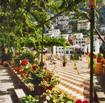 THE BEST TERRACE IN POSITANO (AND BEST PRICE)