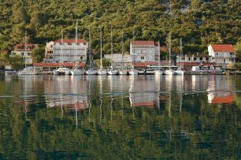 Mljet harbor reflections