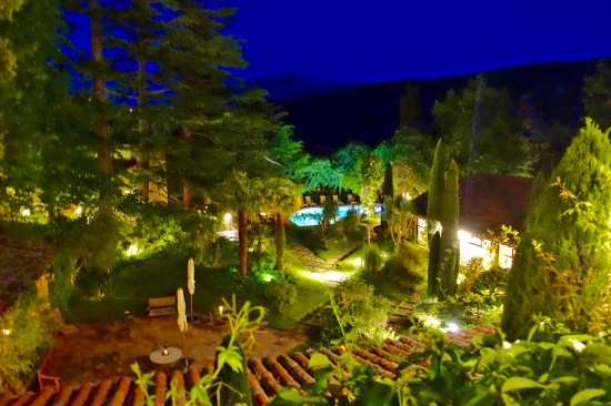 Chateau de Riell gardens at night