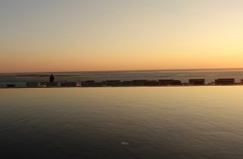 La Coorniche pool at sunset