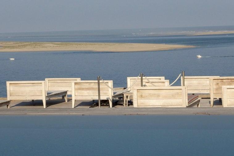 La Coorniche beach bed view