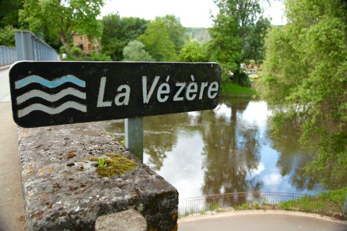 La Vézère sign