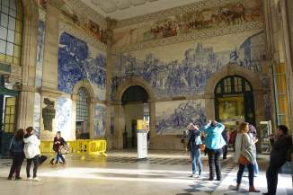 San Benito train station tourists