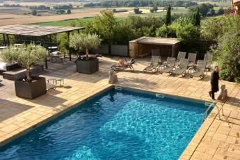 Castell d'Emporda pool sun