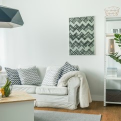 Simple Clean Living Room Design Photos 7 Tips For Staging Your Home While There Too Build