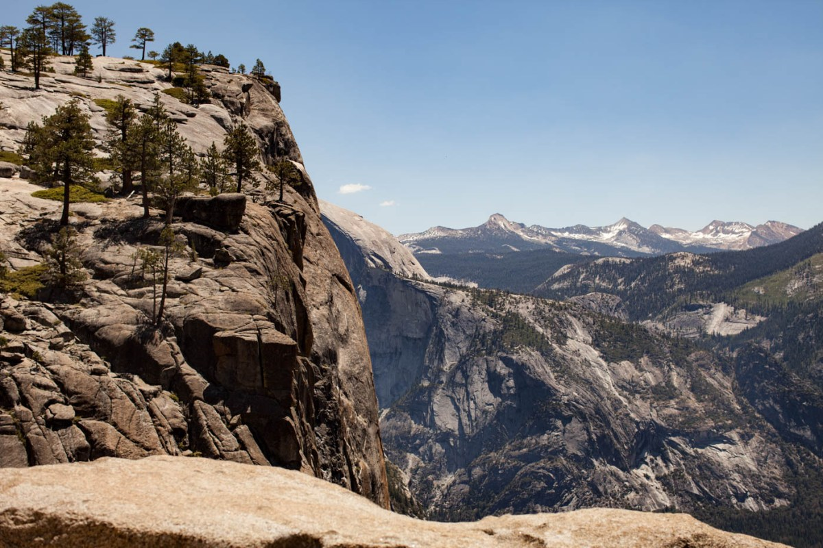 7 Tips to Help You Hike Upper Yosemite Falls #vezzaniphotography