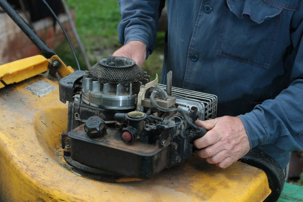 medium resolution of how to clean a briggs stratton lawnmower s air filter home guides sf gate