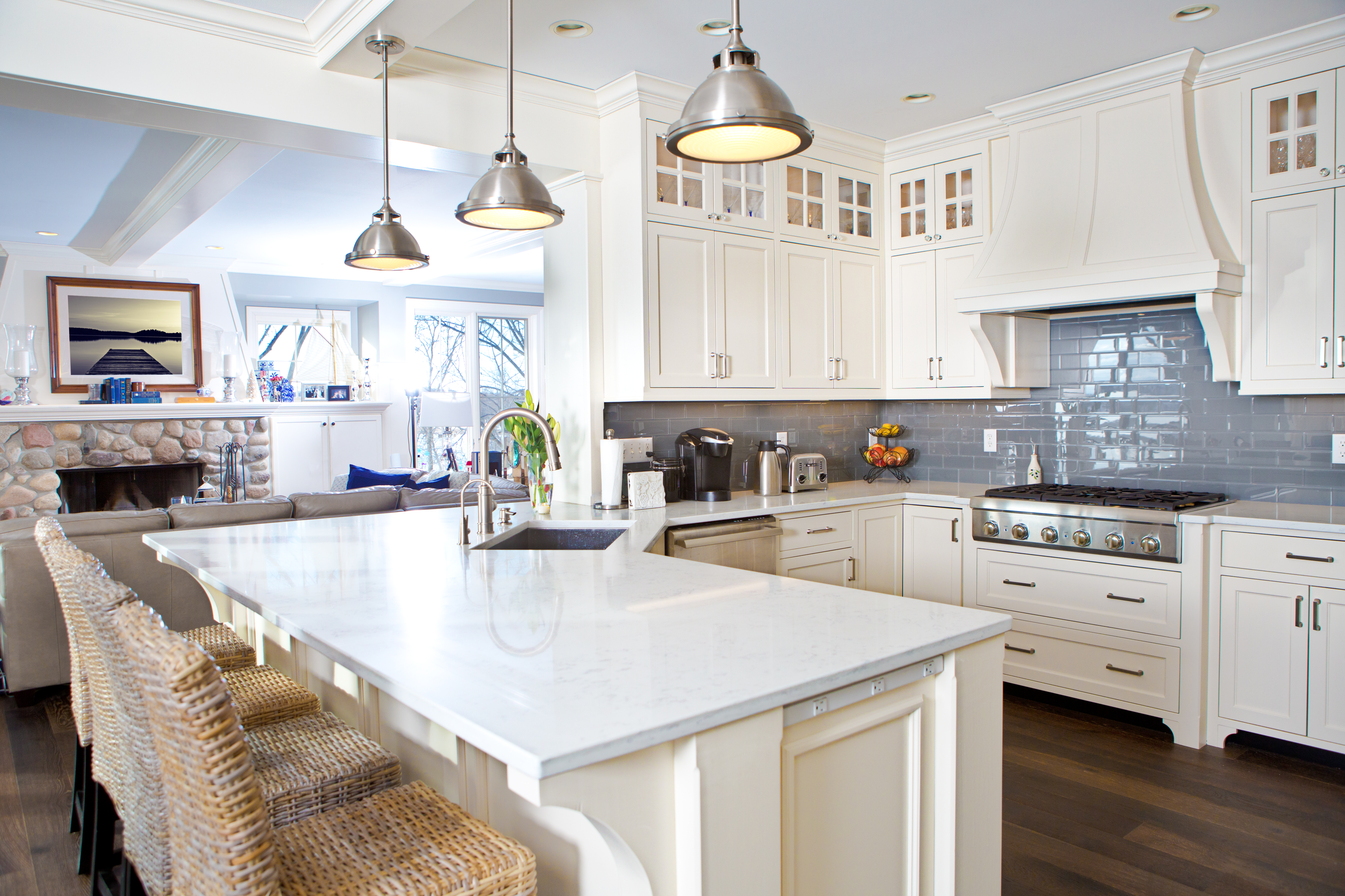 How To Install A Light Fixture If There Is No Electrical Box Hunker