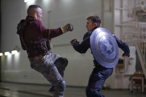 captain-america-the-winter-solider-batroc-vs-captain-america-movie1