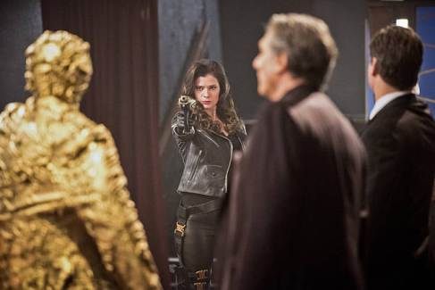 """The Flash -- """"Rogue Time"""" -- Image FLA116B_0049b -- Pictured: Peyton List as Lisa Snart -- Photo: Dean Buscher/The CW -- © 2015 The CW Network, LLC. All rights reserved."""