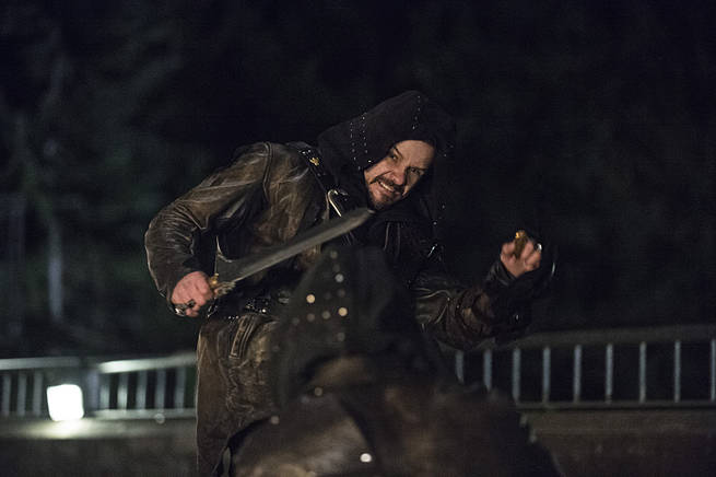 """Arrow -- """"My Name is Oliver Queen"""" -- Image AR323C_0295b -- Pictured: Matt Nable as Ra's al Ghul -- Photo: Cate Cameron/The CW -- © 2015 The CW Network, LLC. All Rights Reserved."""