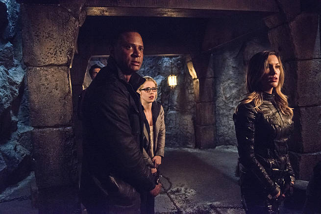 """Arrow -- """"This is Your Sword"""" -- Image AR322B_00380b -- Pictured (L-R): David Ramsey as John Diggle, Emily Bett Rickards as Felicity Smoak and Katie Cassidy as Laurel Lance -- Photo: Cate Cameron/The CW -- © 2015 The CW Network, LLC. All Rights Reserved."""