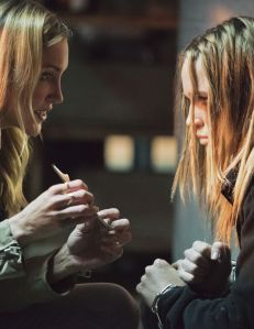 """Arrow -- """"Beyond Redemption"""" -- Image AR405B_0208b.jpg -- Pictured (L-R): Katie Cassidy as Laurel Lance and Caity Lotz as Sara Lance -- Photo: Dean Buscher/ The CW -- © 2015 The CW Network, LLC. All Rights Reserved."""