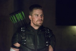 "Arrow -- ""Restoration"" -- Image AR403A_0270b.jpg -- Pictured: Steven Amell as Oliver Queen -- Photo: Diyah Pera /The CW -- © 2015 The CW Network, LLC. All Rights Reserved."