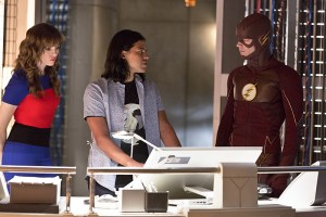 "The Flash -- ""Family of Rogues"" -- Image FLA203a_0005b.jpg -- Pictured (L-R): Danielle Panabaker as Caitlin Snow, Carlos Valdes as Cisco Ramon and Grant Gustin as The Flash -- Photo: Jeff Weddell/The CW -- © 2015 The CW Network, LLC. All rights reserved."