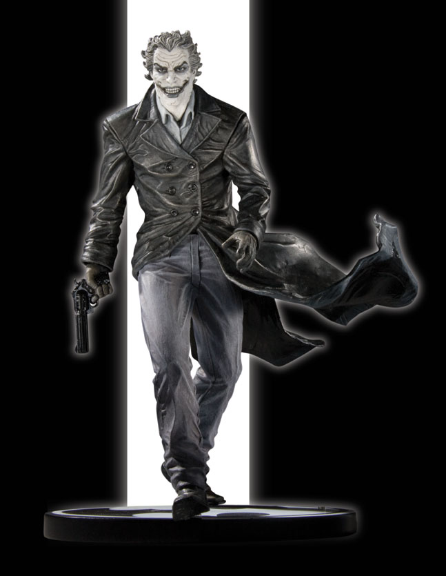 BATMAN BLACK & WHITE STATUE JOKER BY BERMEJO
