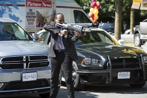 """The Flash -- """"The Man Who Saved Central City"""" -- Image FLA201a_0294b -- Pictured: Jesse L. Martin as Detective Joe West -- Photo: Cate Cameron /The CW -- © 2015 The CW Network, LLC. All rights reserved"""