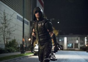 """The Flash -- """"Legends of Today"""" -- Image FLA208B_0310b.jpg -- Pictured: Stephen Amell as The Arrow -- Photo: Cate Cameron/The CW -- © 2015 The CW Network, LLC. All rights reserved."""