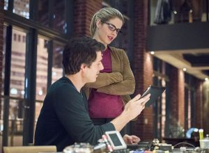"Arrow -- ""Brotherhood"" -- Image AR407A_0319b.jpg -- Pictured (L-R): Brandon Routh as Ray Palmer and Emily Bett Rickards as Felicity Smoak -- Photo: Dean Buscher/The CW -- © 2015 The CW Network, LLC. All Rights Reserved"