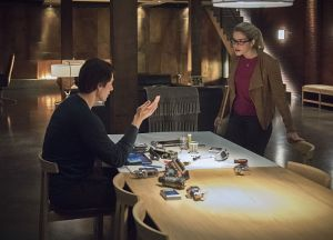 "Arrow -- ""Brotherhood"" -- Image AR407A_0290b.jpg -- Pictured (L-R): Brandon Routh as Ray Palmer and Emily Bett Rickards as Felicity Smoak -- Photo: Dean Buscher/The CW -- © 2015 The CW Network, LLC. All Rights Reserved."
