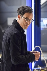 "The Flash -- ""Enter Zoom"" -- Image FLA206B_0005b2.jpg -- Pictured: Tom Cavanagh as Harrison Wells -- Photo: Dean Buscher/The CW -- © 2015 The CW Network, LLC. All rights reserved."