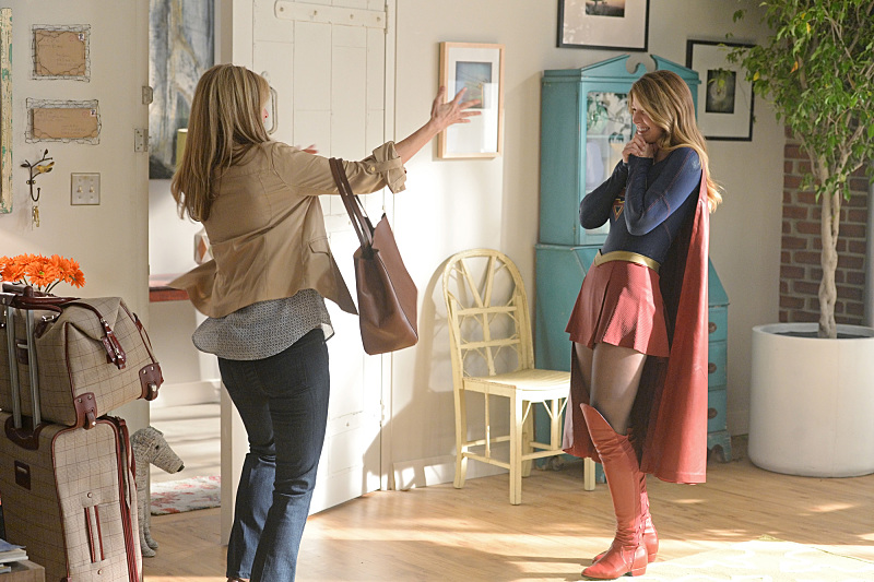 """""""Livewire"""" -- Kara's (Melissa Benoist, right) Thanksgiving may be ruined when she suspects her foster mother, Dr. Danvers (Helen Slater, left), who is coming to town, disapproves of her new role as a superhero, on SUPERGIRL, Monday, Nov. 23 (8:00-9:00 PM, ET/PT) on the CBS Television Network.  Photo: Darren Michaels/Warner Bros. Entertainment Inc. © 2015 WBEI. All rights reserved."""