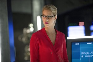 """Arrow -- """"Haunted"""" -- Image AR404B_0154b.jpg -- Pictured: Emily Bett Rickards as Felicity Smoak -- Photo: Cate Cameron/ The CW -- © 2015 The CW Network, LLC. All Rights Reserved."""