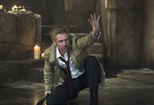 """Arrow -- """"Haunted"""" -- Image AR404B_0409b.jpg -- Pictured: Matt Ryan as Constantine -- Photo: Cate Cameron/ The CW -- © 2015 The CW Network, LLC. All Rights Reserved."""