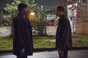 """The Flash -- """"Potential Energy"""" -- Image FLA210a_0363b -- Pictured (L-R): Jesse L. Martin as Detective Joe West and Keiynan Lonsdale as Wally West -- Photo: Jack Rowand/The CW -- © 2016 The CW Network, LLC. All rights reserved."""