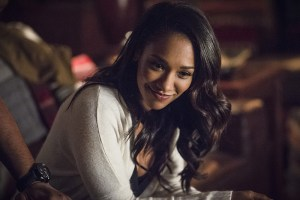 """The Flash -- """"King Shark"""" -- Image FLA215a_0065b -- Pictured: Candice Patton as Iris West -- Photo: Cate Cameron/The CW -- © 2016 The CW Network, LLC. All rights reserved."""