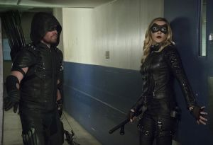 "Arrow -- ""Code of Silence"" -- Image AR414A_0057b.jpg -- Pictured (L-R):  Stephen Amell as The Arrow and Katie Cassidy as Laurel Lance/Black Canary -- Photo: Katie Yu/ The CW -- © 2016 The CW Network, LLC. All Rights Reserved."