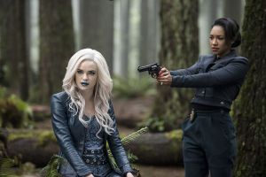 """The Flash -- """"Escape From Earth-2"""" -- Image FLA214b_BTS_0022b -- Pictured (L-R): Danielle Panabaker as Killer Frost and Candice Patton as Earth 2 Iris West -- Photo: Bettina Strauss/The CW -- © 2016 The CW Network, LLC. All rights reserved."""