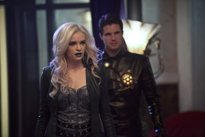 "The Flash -- ""Welcome to Earth-2"" -- Image FLA213b_0292b.jpg -- Pictured (L-R): Danielle Panabaker as Killer Frost and Robbie Amell as Deathstorm -- Photo: Diyah Pera/The CW -- © 2016 The CW Network, LLC. All rights reserved."