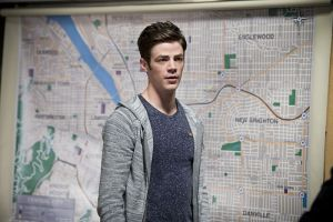 """The Flash -- """"Flash Back"""" -- Image: FLA217a_0086b.jpg -- Pictured: Grant Gustin as Barry Allen -- Photo: Diyah Pera/The CW -- © 2016 The CW Network, LLC. All rights reserved."""