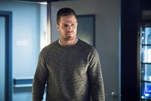 """Arrow -- """"Canary Cry"""" -- Image AR419a_0170b.jpg -- Pictured: Stephen Amell as Oliver Queen -- Photo: Dean Buscher/The CW -- © 2016 The CW Network, LLC. All Rights Reserved."""