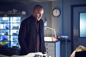 """Arrow -- """"Canary Cry"""" -- Image AR419a_0139b.jpg -- Pictured: Paul Blackthorne as Detective Quentin Lance -- Photo: Dean Buscher/The CW -- © 2016 The CW Network, LLC. All Rights Reserved."""