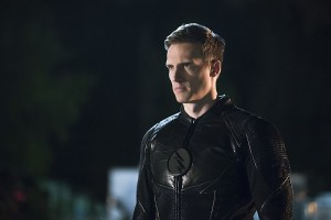"""The Flash -- """"The Race of His Life"""" -- Image: FLA223b_0253b.jpg -- Pictured: Teddy Sears as Jay Garrick -- Photo: Katie Yu/The CW -- © 2016 The CW Network, LLC. All rights reserved."""
