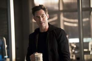 "The Flash -- ""The Race of His Life"" -- Image: FLA223a_0134b.jpg -- Pictured: Tom Cavanagh as Harrison Wells -- Photo: Katie Yu/The CW -- © 2016 The CW Network, LLC. All rights reserved."