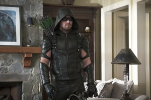 "Arrow -- ""Lost in the Flood"" -- Image AR422b_0381b.jpg -- Pictured: Stephen Amell as Green Arrow -- Photo: Katie Yu/The CW -- © 2016 The CW Network, LLC. All Rights Reserved."